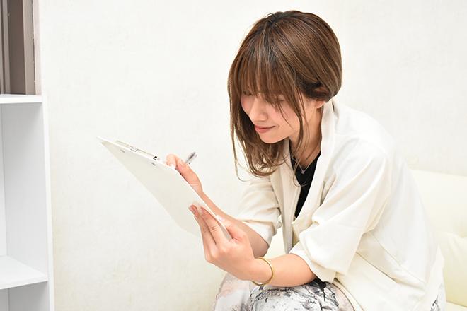 Self-Beauty 蒲田店(セルフビューティー) 同意書にご記入いただいてから施術スタート!