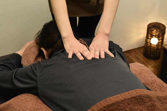 クオーレ リラクゼーションサロン 肩や腰などの辛い箇所をピンポイントで刺激