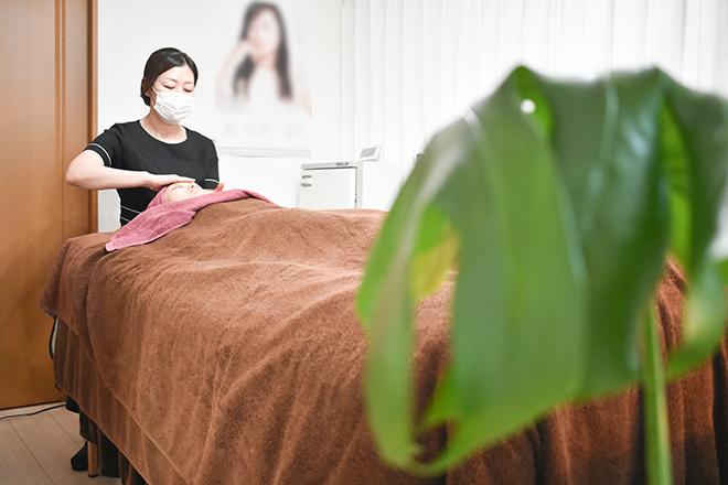 ヒトユライプラスサンジュウ 名古屋栄(HITOYURAI+30) 肌機能を高めて若々しくみずみずしい素肌へ!