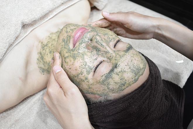サロンド リー(Salon de RE:) キメの整ったキレイなお肌へ導きます