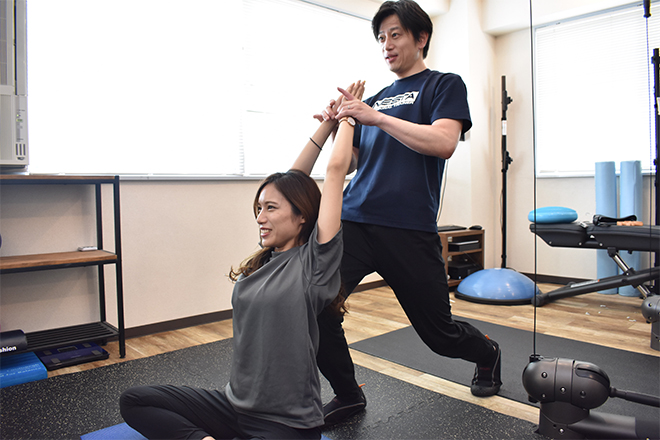 カラダ ラボ(KARADA Labo) 硬くなった身体を無理なくほぐして柔軟に