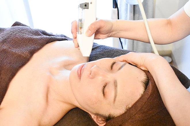 ビューティープロジェクト フジコ(Fujiko) 「ヒト幹細胞培養美容液導入フェイシャル」が人気
