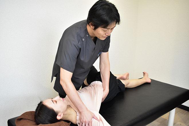 フォーゼ鍼灸整骨院 姿勢改善を目指すメニューが人気です☆