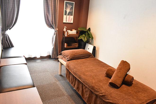ソレイユ麻布治療院 明るく清潔な完全個室