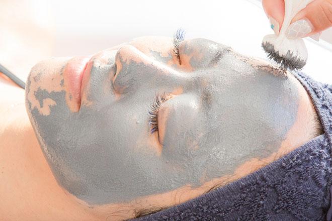 ange rose 透明感のある素肌へ導きます