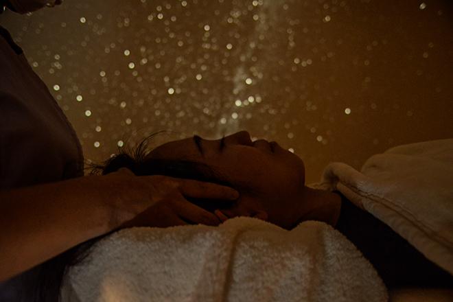 宙 治癒院(SOLA) 当サロンならでは!満天の星空の下でリラックス♪