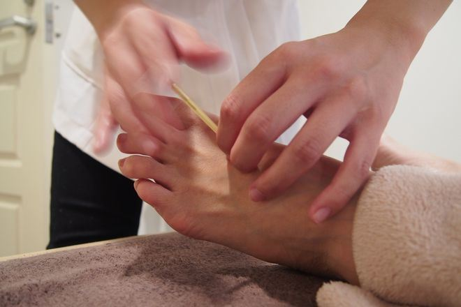 三軒茶屋鍼灸治療院 女性鍼灸師による、鍼もお勧めです!
