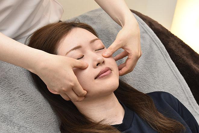 目の美容院 横浜ランドマークプラザサロンのメイン画像